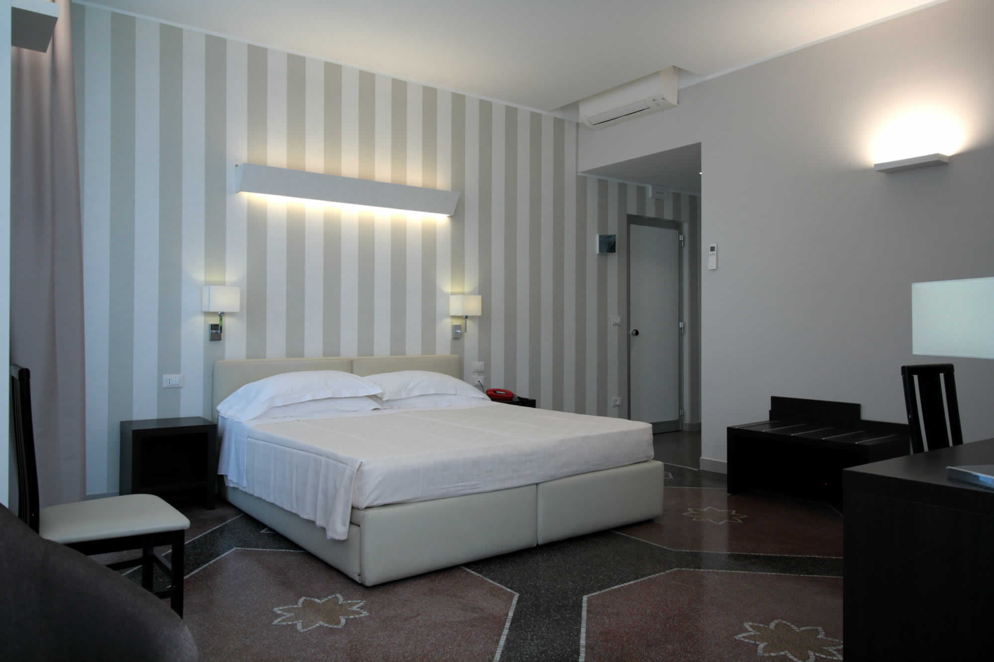 junior suite genova